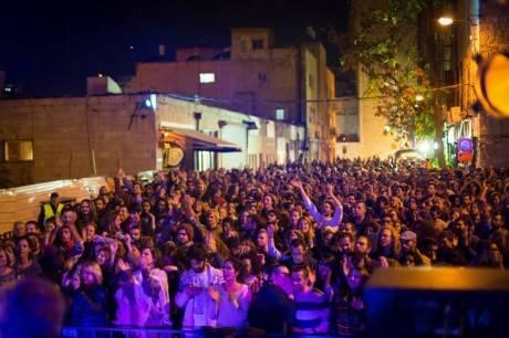 אירוע 'פשוט שרים' ברחוב שושן עם יאמן בלוז ולובנה סלמה צילום: Diffrent view point